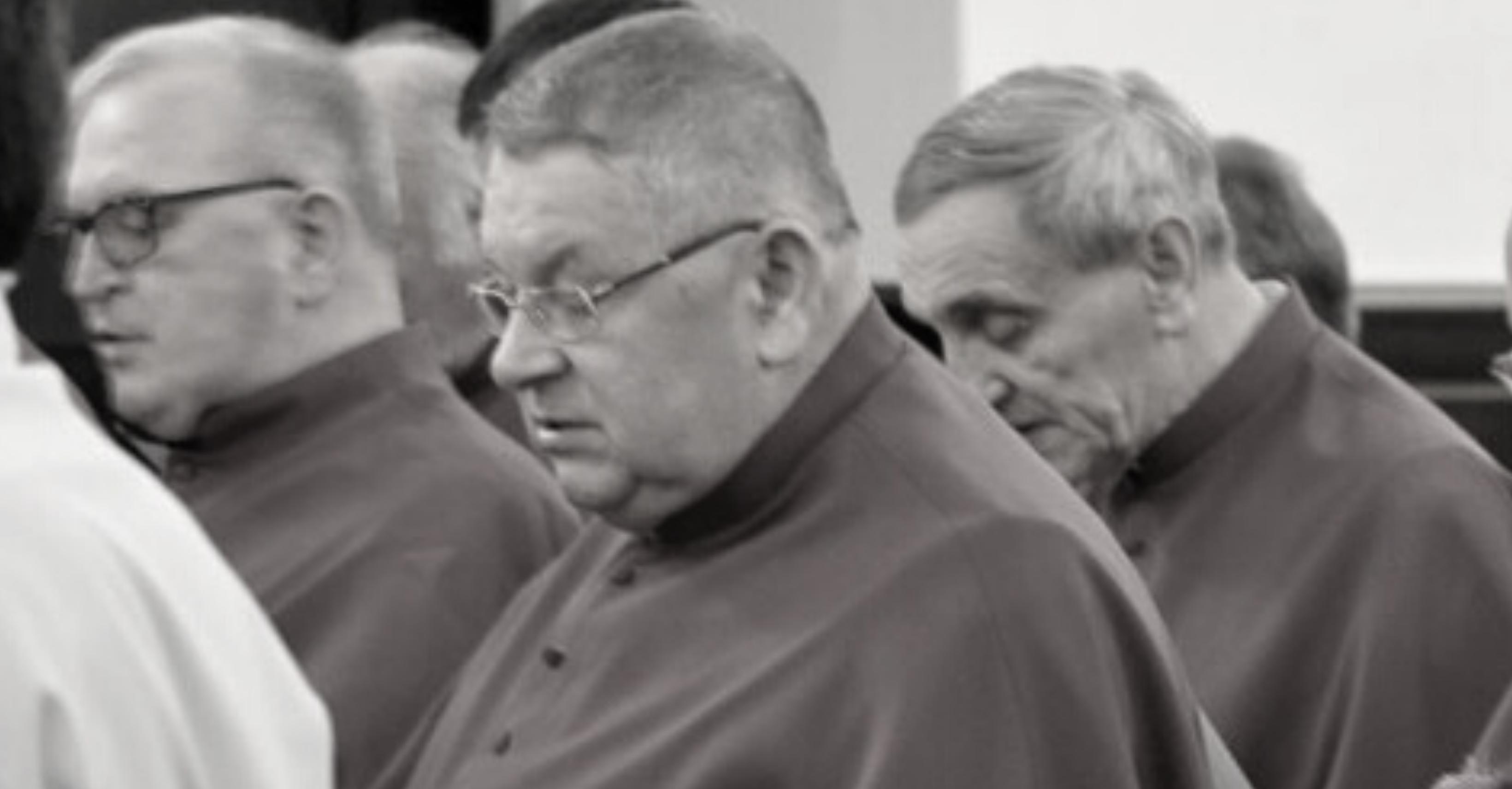 Znamy datę pogrzebu ks. Wojciecha Chochoła - Zdjęcie główne