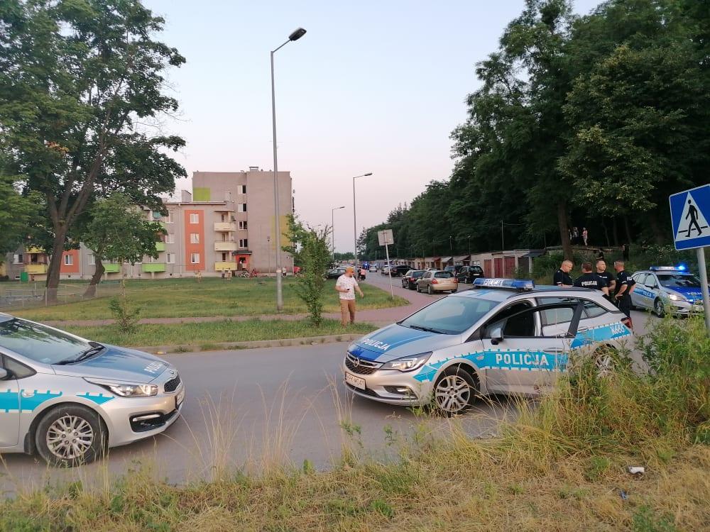 Starcia uliczne w Mielcu. Policja podaje przyczynę - Zdjęcie główne