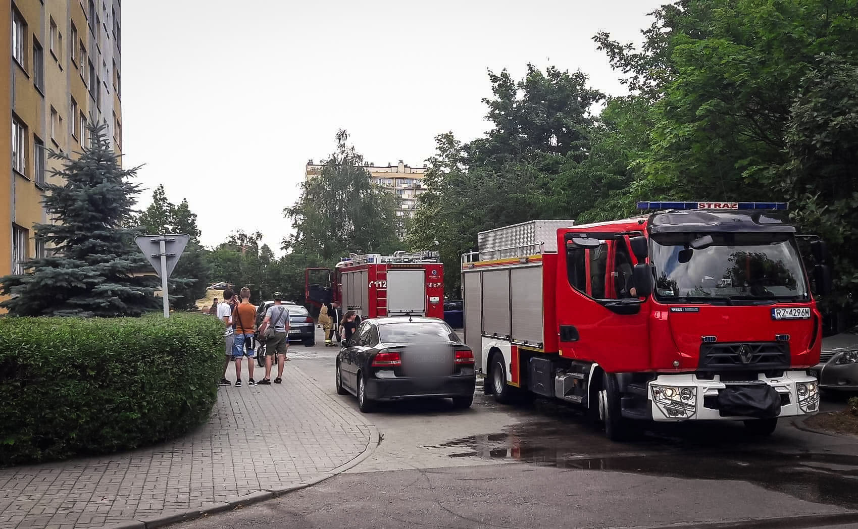 Z OSTATNIEJ CHWILI: Pożar mieszkania w Mielcu! - Zdjęcie główne