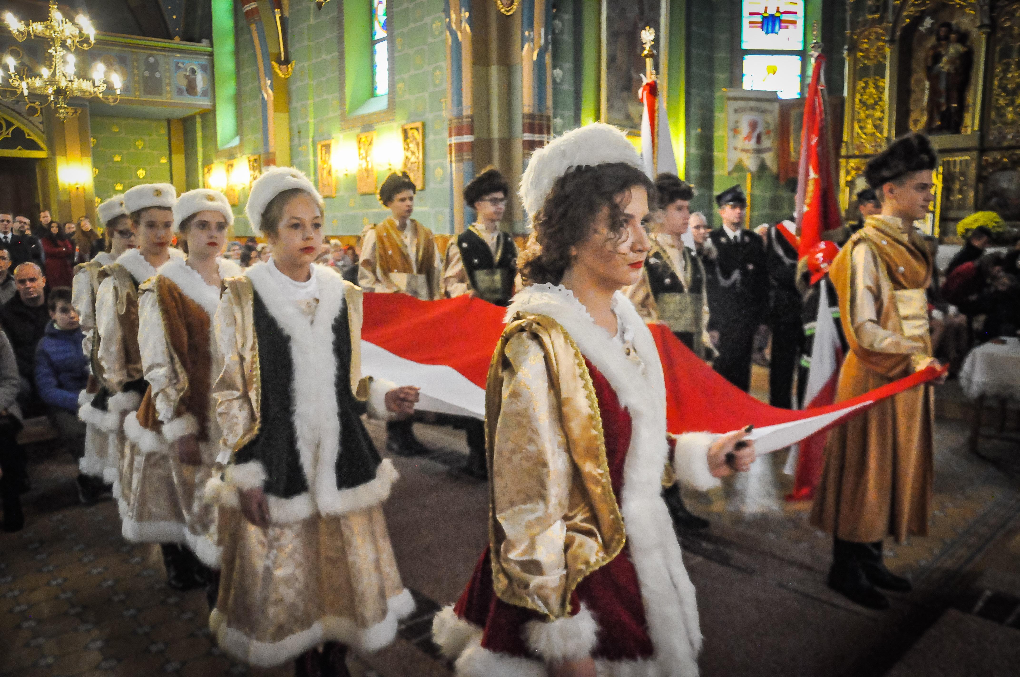 Msza św. w intencji Ojczyzny i pieśni patriotyczne w Jaślanach! - Zdjęcie główne