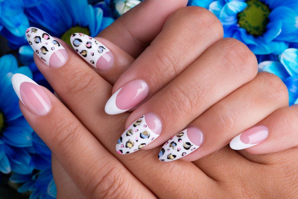 Do na zrobienia wzorki paznokcie samemu łatwe Jak samemu