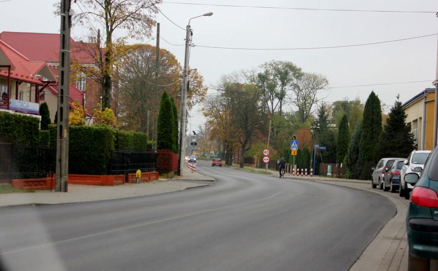Mielec. Ulica Kilińskiego z nową nawierzchnią - Zdjęcie główne