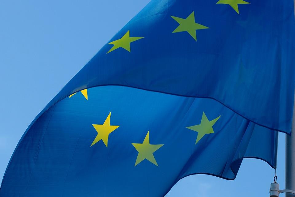 Unijny maj - Zdjęcie główne