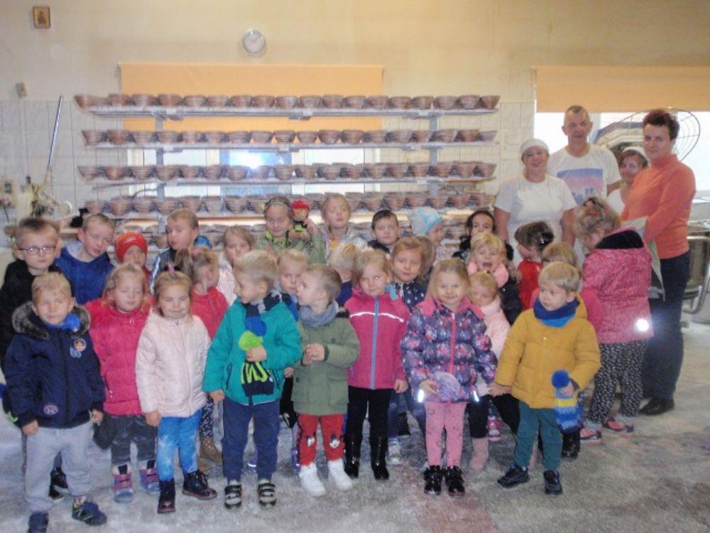 Przedszkolaki na zamku i w piekarni - Zdjęcie główne