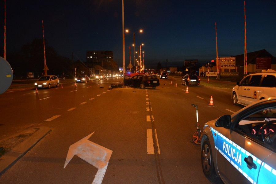 Z PODKARPACIA. Policjanci wyjaśniają okoliczności dwóch śmiertelnych wypadków - Zdjęcie główne