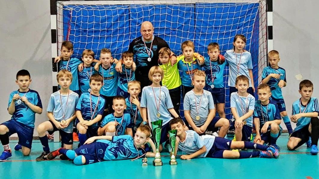 Świetny występ zawodników Stowarzyszenia Piłkarskie Nadzieje AP Mielec z rocznika 2011 - Zdjęcie główne