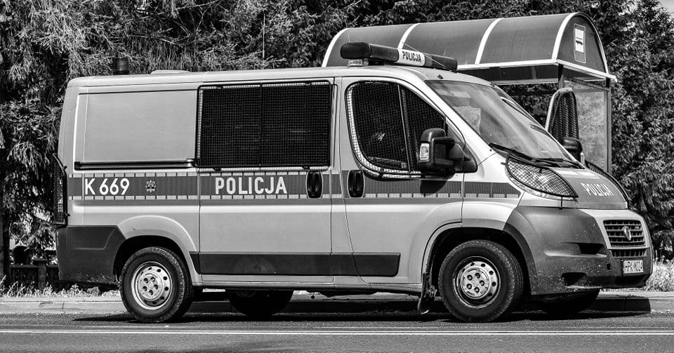 Ciało mężczyzny znalezione na przystanku autobusowym w pobliżu Mielca! - Zdjęcie główne