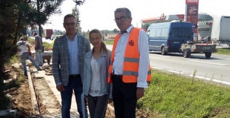 Remont chodnika za 100 tysięcy złotych - Zdjęcie główne