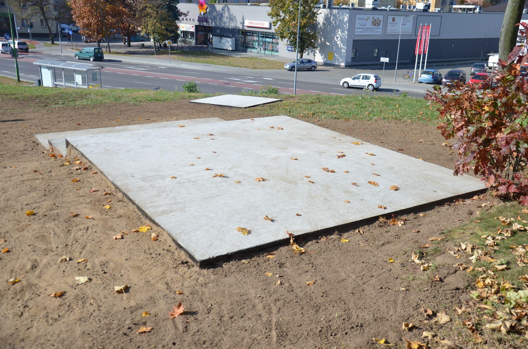 Pomnik Żołnierzy Wyklętych w nowym miejscu! Kontrowersyjna ostatnia decyzja Kapinosa - Zdjęcie główne