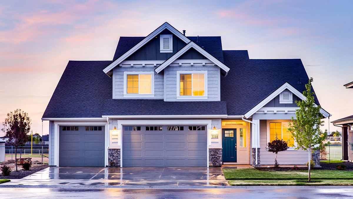 Idealna brama garażowa - jaki model wybrać? - Zdjęcie główne