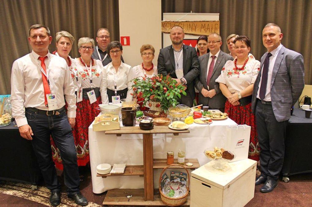 Gospodynie z Glin Małych na ważnej konferencji w Warszawie [FOTO] - Zdjęcie główne