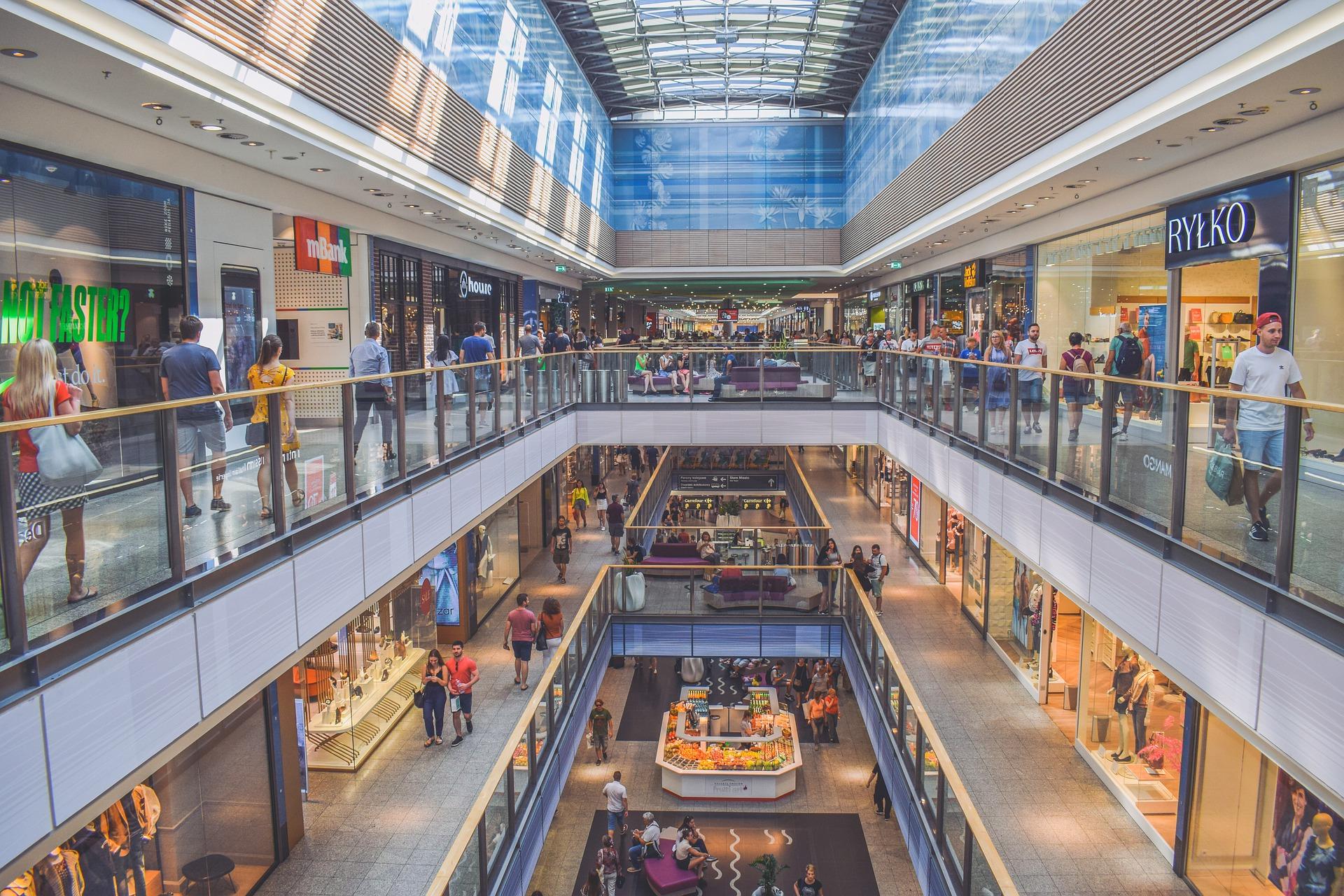 Jakie sklepy otwarte w galeriach handlowych. Mamy listę  - Zdjęcie główne
