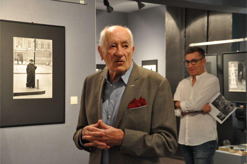 Zdjęcia Italii z 1957 roku - Wojciecha Plewińskiego - na wystawie w Jadernówce - Zdjęcie główne