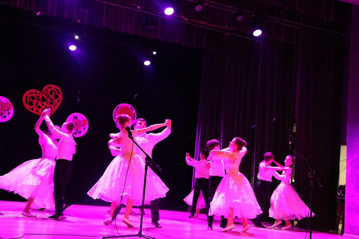 Popisali się. Występ zespołów małych tancerzy - Zdjęcie główne