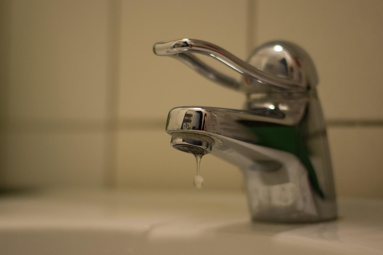 Mielec: Podwyższona ilość bakterii w wodzie - Zdjęcie główne