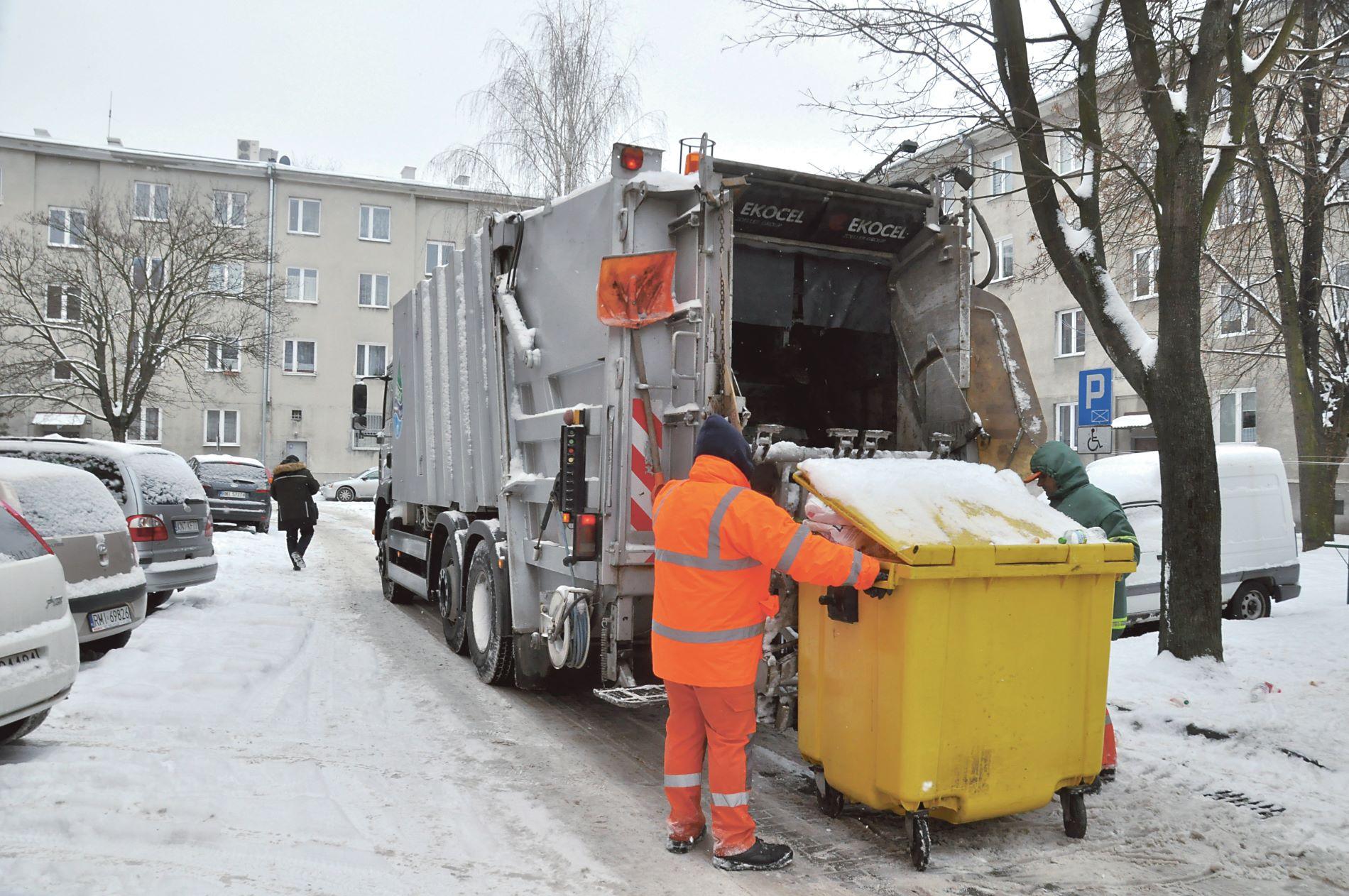 Przetarg na odbiór śmieci w Mielcu. Miasto kieruje pisma do FCC Tarnobrzeg - Zdjęcie główne