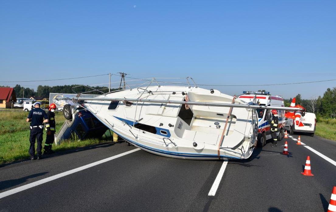 Region: Droga zablokowana... łódką - Zdjęcie główne