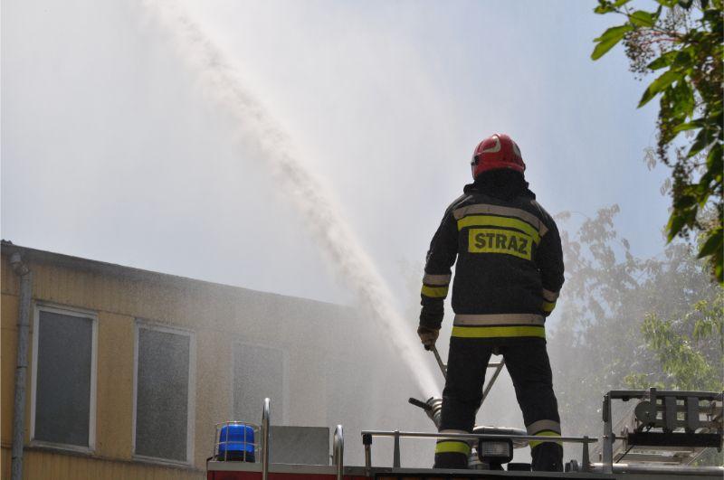 Pożar w centrum Mielca. Trwa akcja gaśnicza [FOTO, VIDEO] - Zdjęcie główne