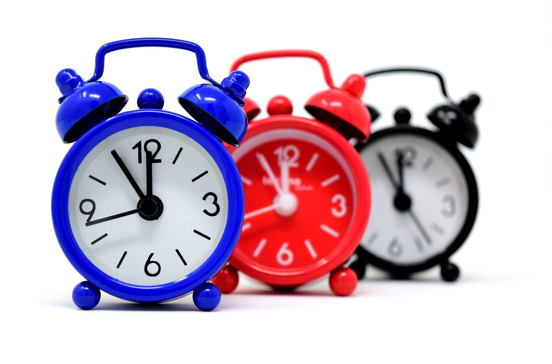 Zmiana czasu. Czy tym razem śpimy dłużej czy krócej. Sprawdź  - Zdjęcie główne