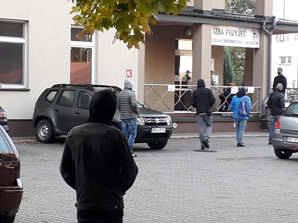 Punkt pobrań przy szpitalu w Mielcu 1 listopada nieczynny - Zdjęcie główne