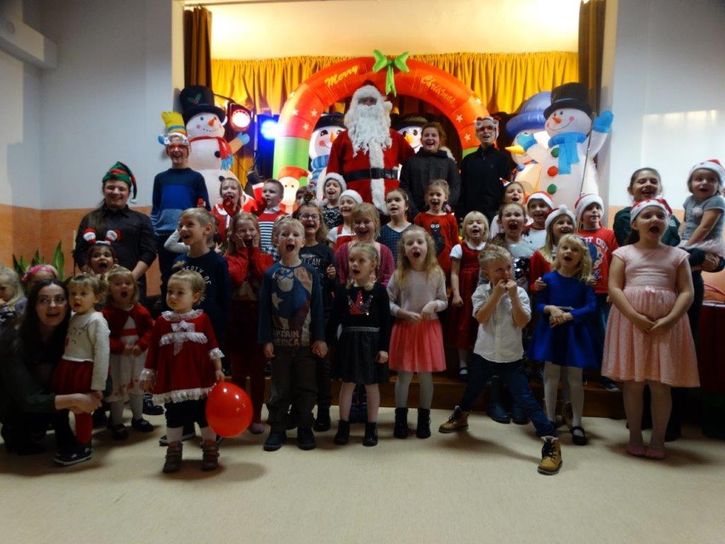 Mikołaj przyjechał do Ośrodka Kultury w Grochowem [FOTO] - Zdjęcie główne