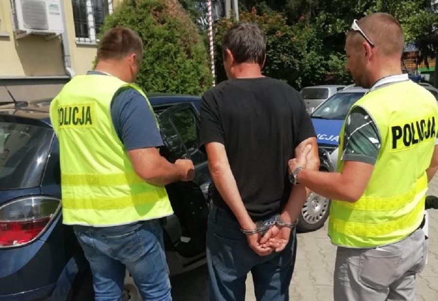 Mężczyzna, który znęcał się nad psem usłyszał zarzuty w prokuraturze! Nowe fakty  - Zdjęcie główne