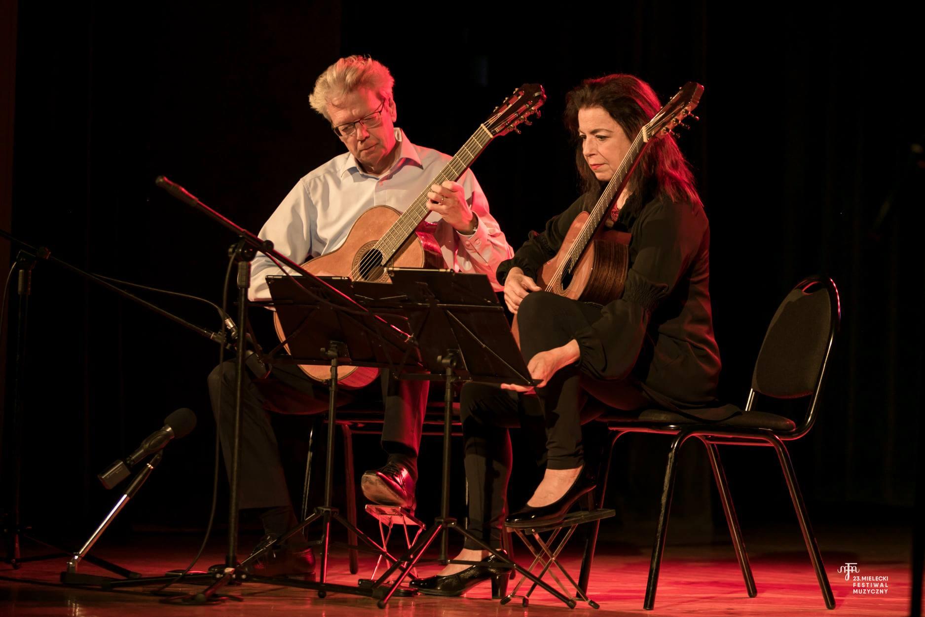The Amadeus Guitar Duo – zafascynowani gitarą w Mielcu [FOTO] - Zdjęcie główne