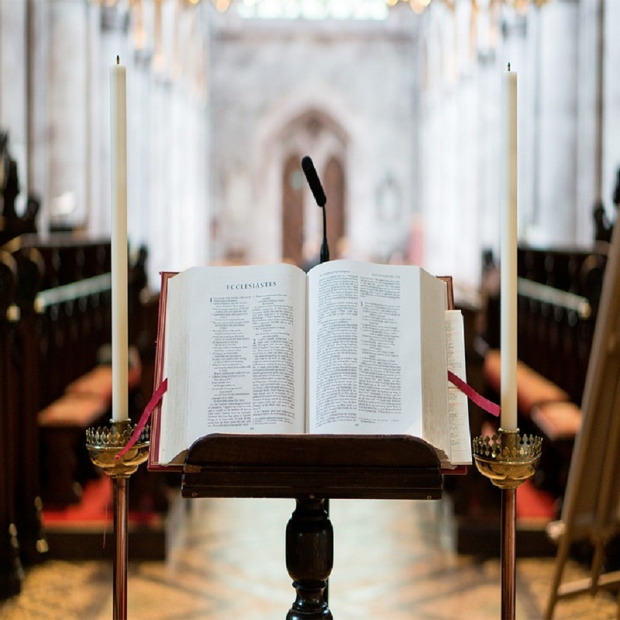 Wielkie zmiany w parafiach! Przychodzą nowi wikariusze - Zdjęcie główne