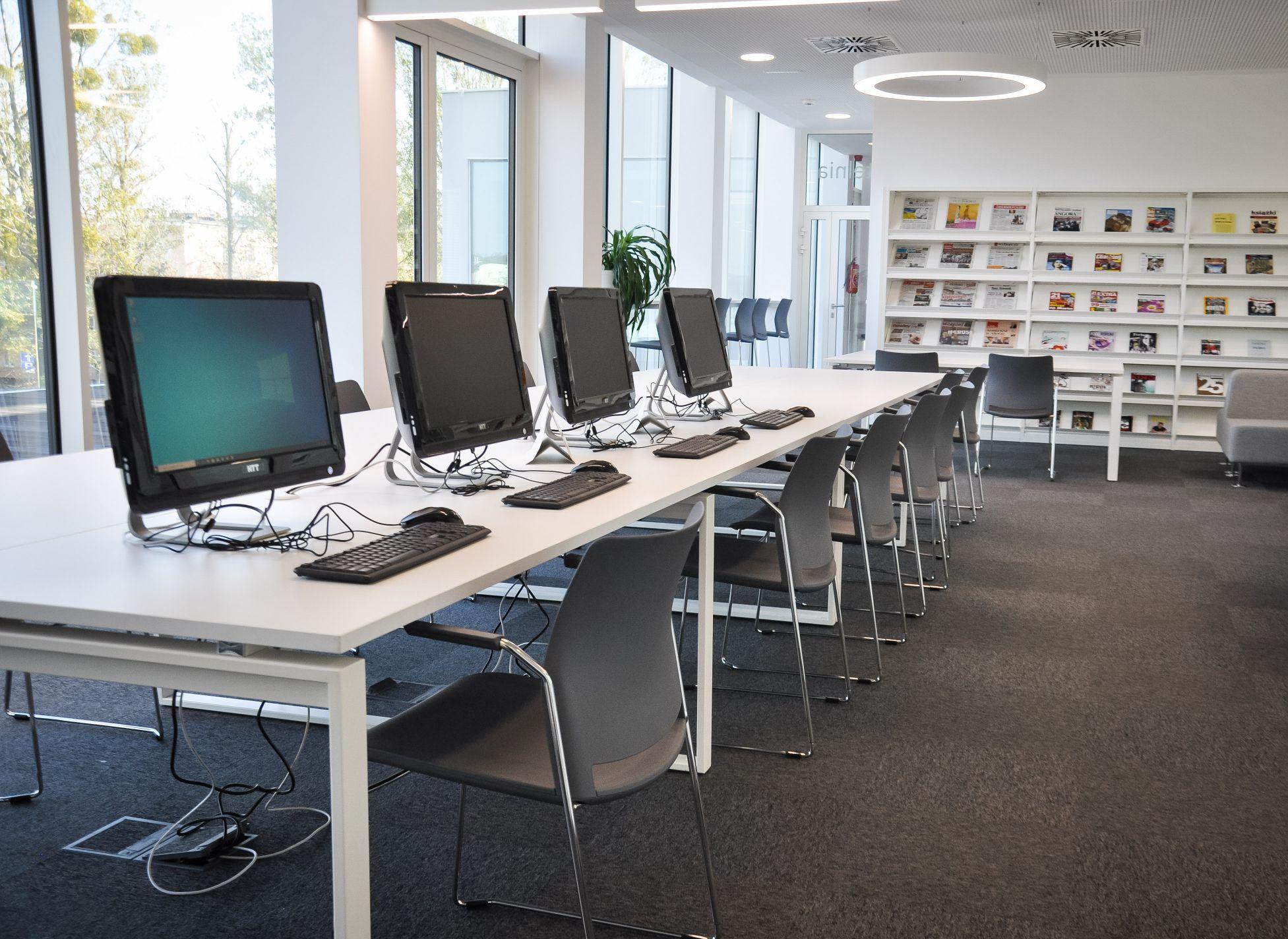 Siedziba Główna Biblioteki już otwarta! Sprawdzamy jak wygląda! [FOTO] - Zdjęcie główne