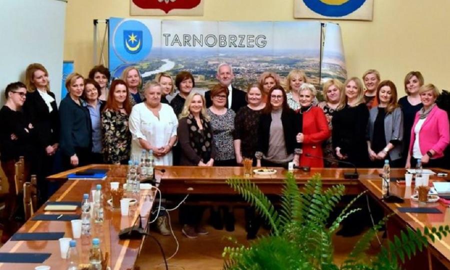 Kobiety z Tarnobrzega zabierają głos w sprawie Konwencji Stambulskiej  - Zdjęcie główne