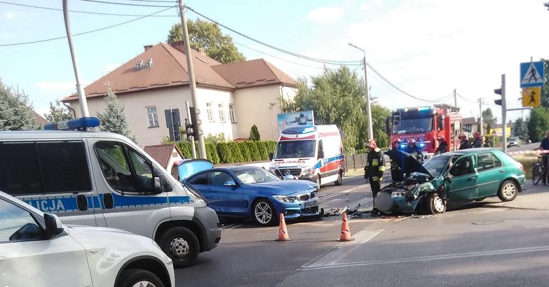 Droga Mielec - Tarnobrzeg zablokowana. Dwie osoby ranne! - Zdjęcie główne
