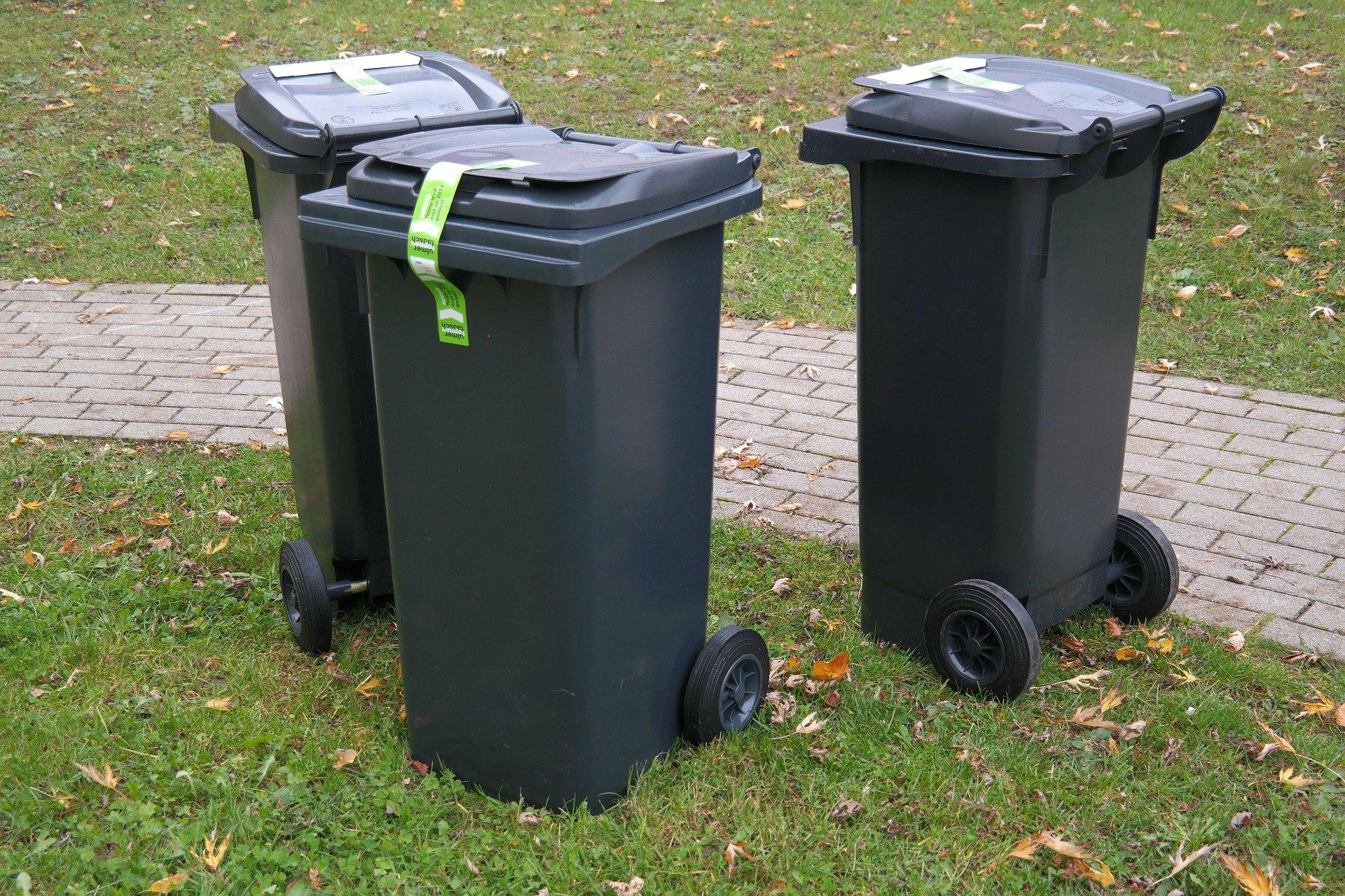 W Gminie Tuszów Narodowy nie będzie miał kto odbierać śmieci? Z gminy znikają pojemniki na odpady!  - Zdjęcie główne