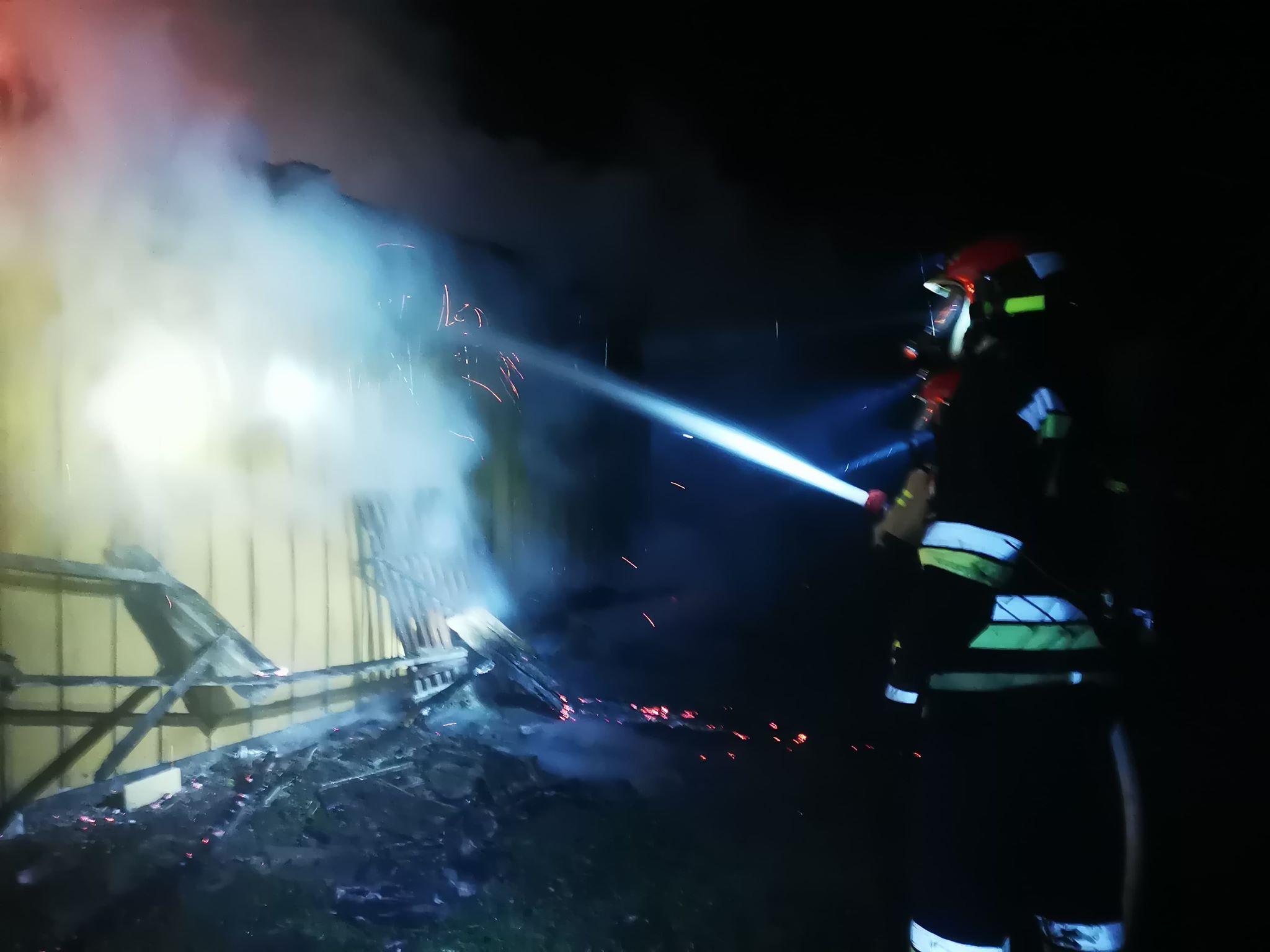 Z PODKARPACIA. Pożar pochłonął ludzkie życie. Strażacy znaleźli zwłoki [FOTO] - Zdjęcie główne