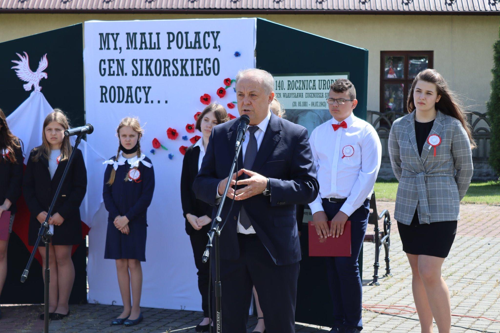 Uroczystości w Tuszowie. Mija 140. rocznica urodzin gen. Sikorskiego [ZDJĘCIA] - Zdjęcie główne