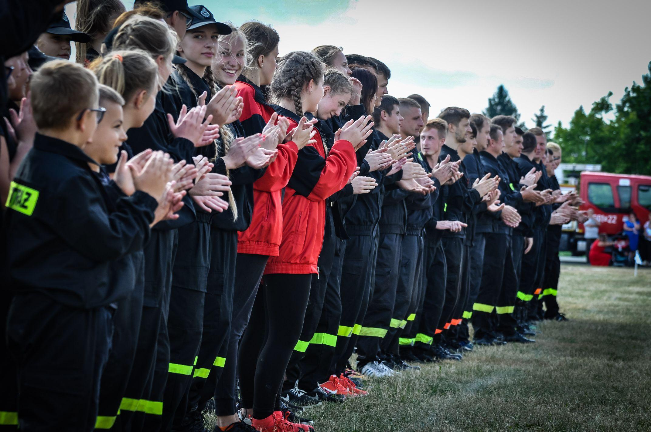 Gminne zawody sportowo-pożarnicze w Padwi Narodowej [FOTO] - Zdjęcie główne