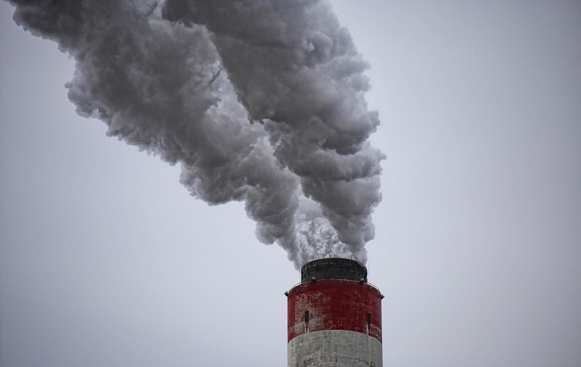 Poważne ostrzeżenie o  pyłach zagrażających  zdrowiu ludzi. Przez dwa  najbliższe dni  - Zdjęcie główne