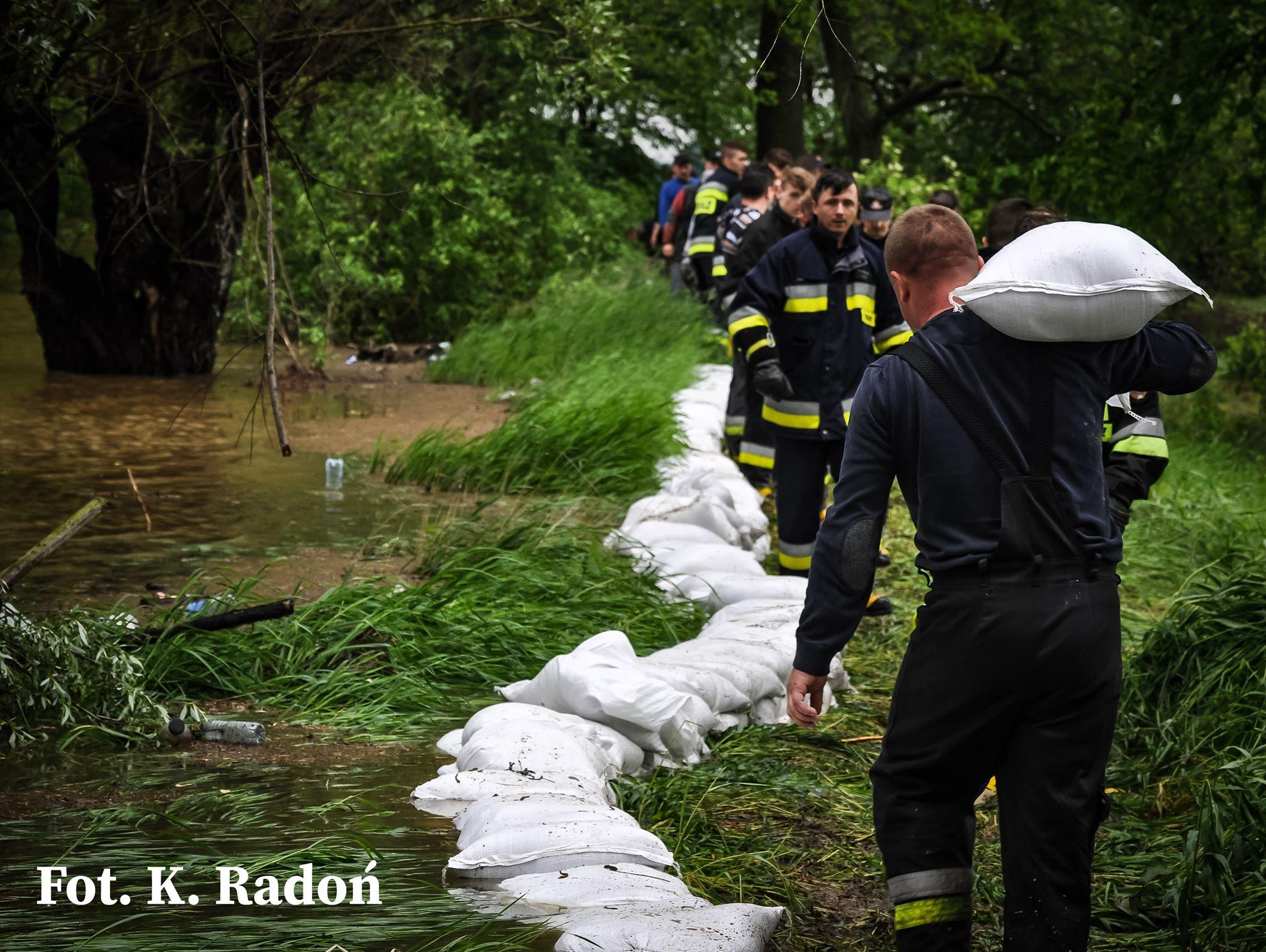 Trudna sytuacja w Wadowicach Górnych [VIDEO] - Zdjęcie główne