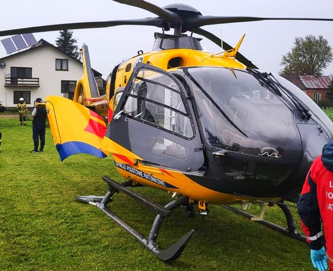 Helikopter medyczny wezwany do poparzonego dziecka  - Zdjęcie główne