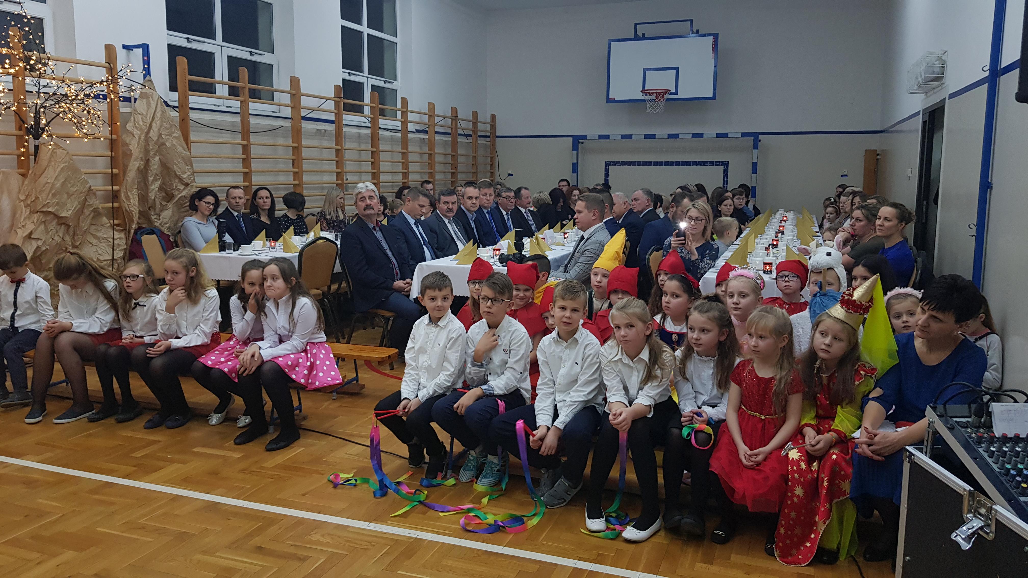 Miejsce dla 50 przedszkolaków w Rydzowie - Zdjęcie główne