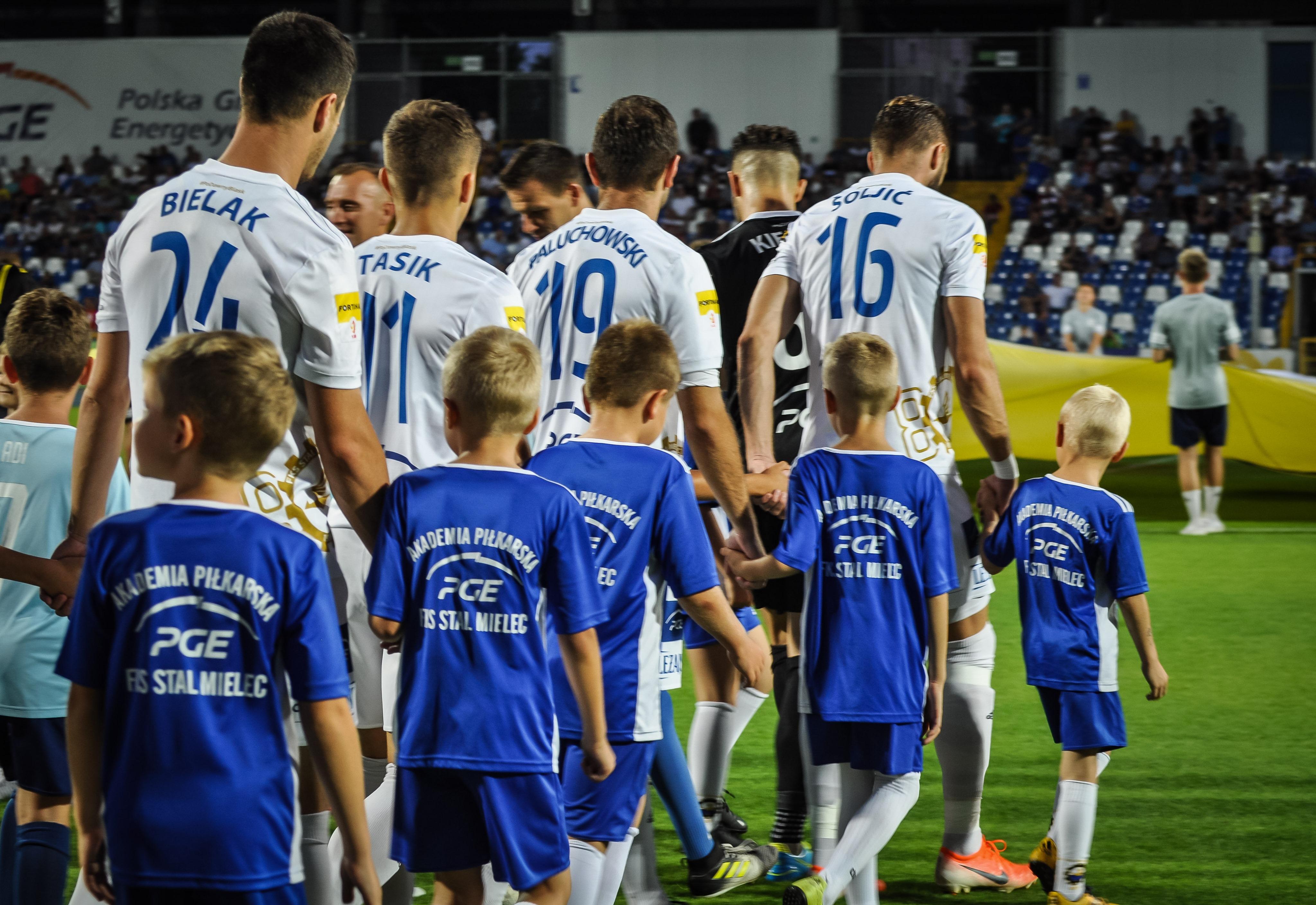 Czy zwycięska seria przełożyła się na Puchar Polski? Stal walczyła na trudnym terenie - Zdjęcie główne