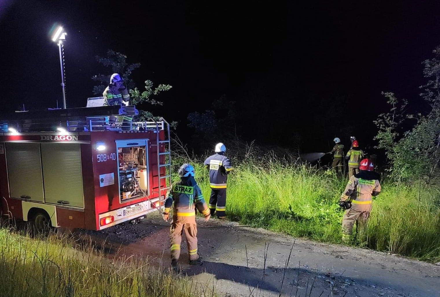 Pożar w Goleszowie. W akcji 3 zastępy straży pożarnej!  - Zdjęcie główne