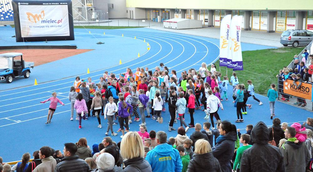 Stadion opanują biegacze - Zdjęcie główne