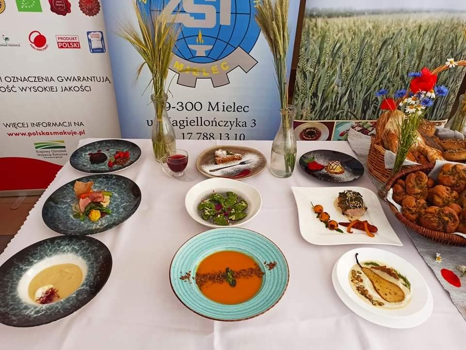 Ogólnopolski Konkurs kulinarny w Zespole Szkół Technicznych w Mielcu [ZDJĘCIA] - Zdjęcie główne