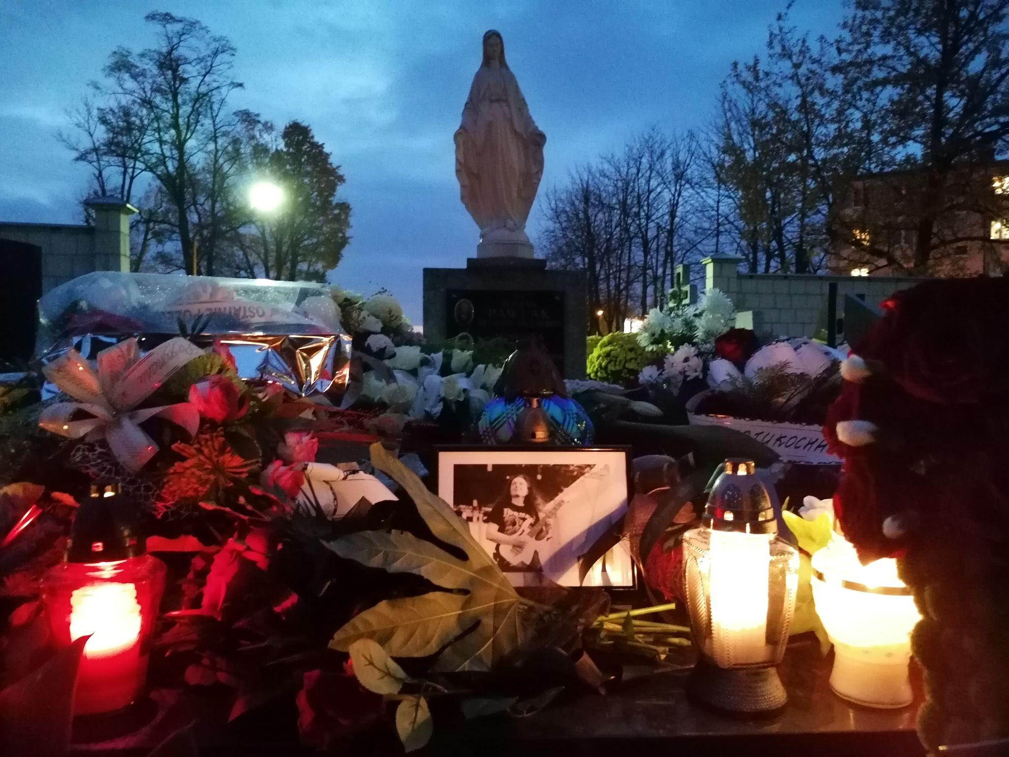 Rodzina i przyjaciele pożegnali dziś w Mielcu śp. Jacka Polaka - Zdjęcie główne