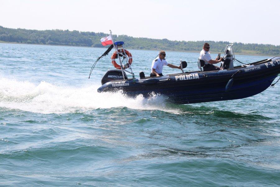 Podsumowanie policyjnych działań nad Jeziorem Tarnobrzeskim - Zdjęcie główne