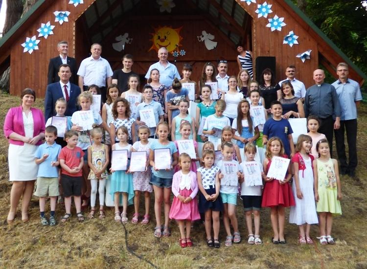 Zaproszenie na XII Powiatowy Przegląd Piosenki Religijnej i Oazowej - Zdjęcie główne