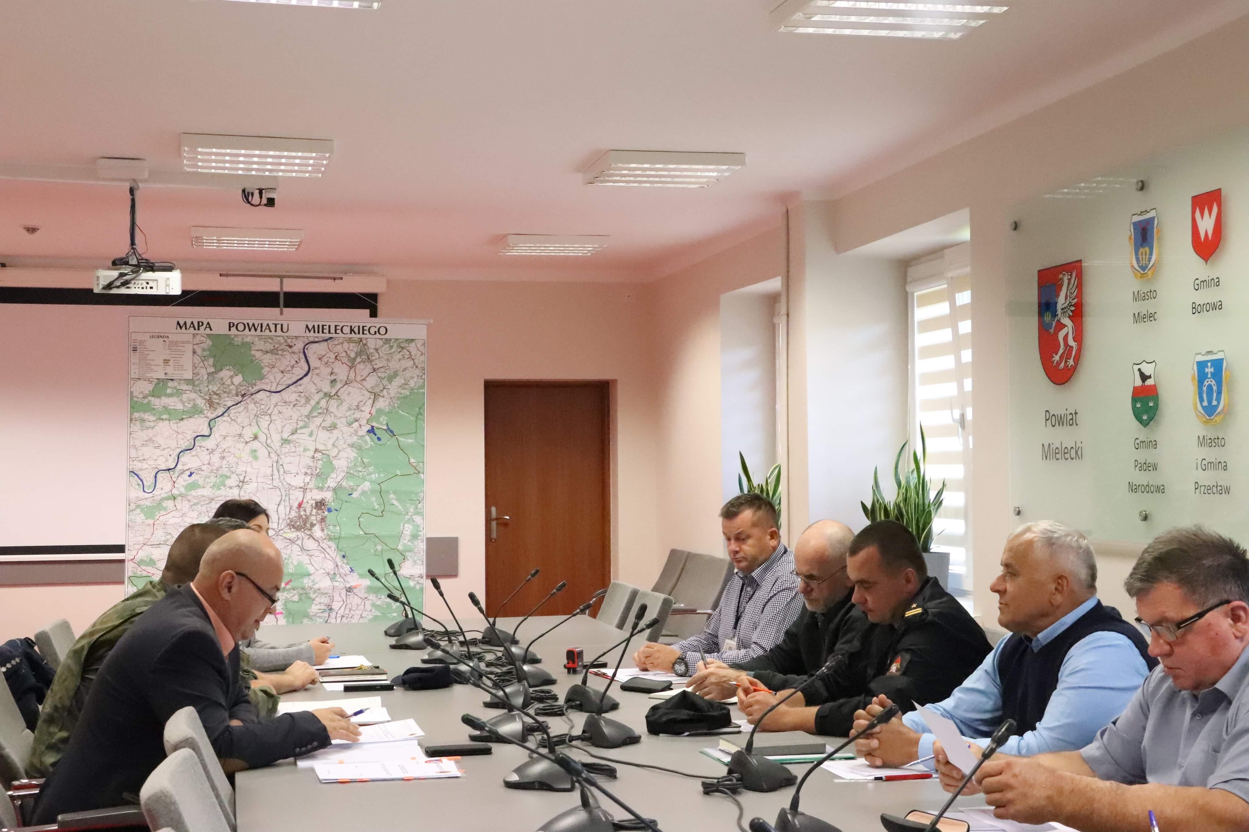 Powiat opracowuje plany na wypadek katastrofy - Zdjęcie główne