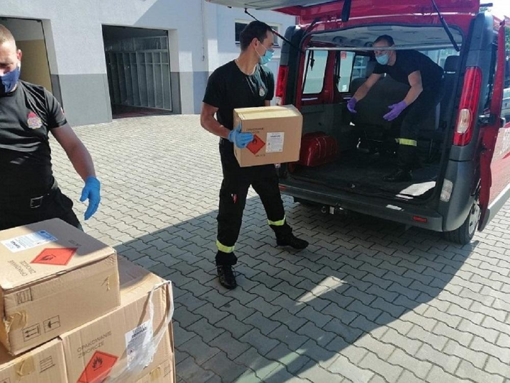 Strażacy pomogli ponad 100 szkołom [FOTO] - Zdjęcie główne
