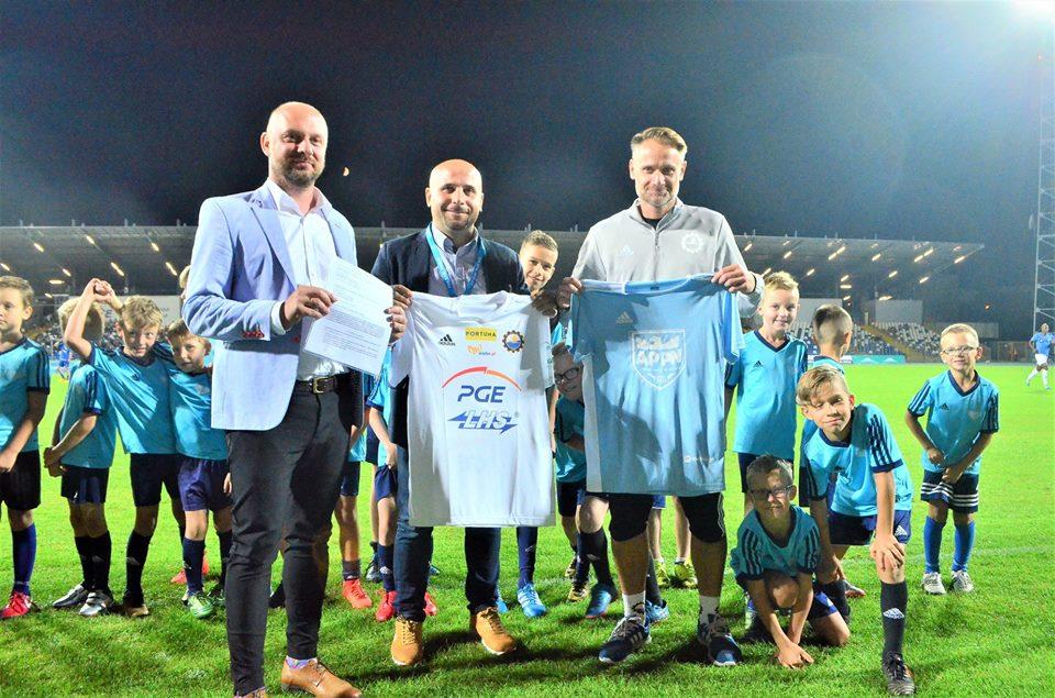 System szkolenia w Mielcu szansą dla młodych zawodników. Piłkarskie Nadzieje blisko współpracują ze Stalą Mielec - Zdjęcie główne
