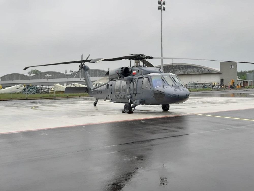 Black Hawk ruszy do pomocy przy powodzi [VIDEO] - Zdjęcie główne